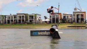 JACOB VINALL – Unas vueltas en Mackay