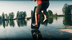 Remote Wakeskates – Léo Labadens