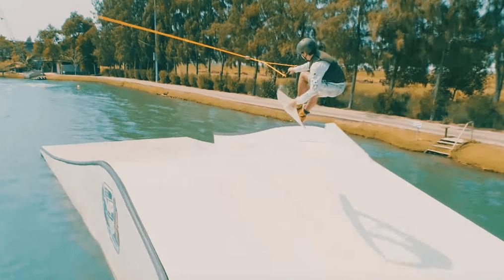 Luke Carrick – One Bat con Dave AV