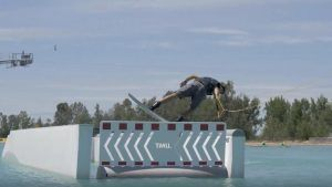 WAKE ISLAND EDIT – Daniel Grant por Matty Mulholland